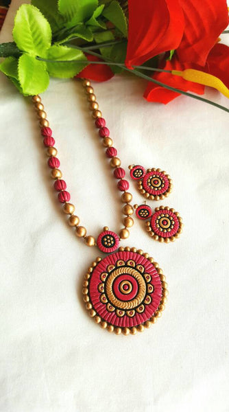Golden and RoseBerry Rounded Pendant  Terracotta Jewellery Set