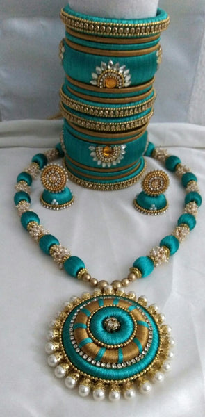 Green Pearl Silk Thread Jewellery Set