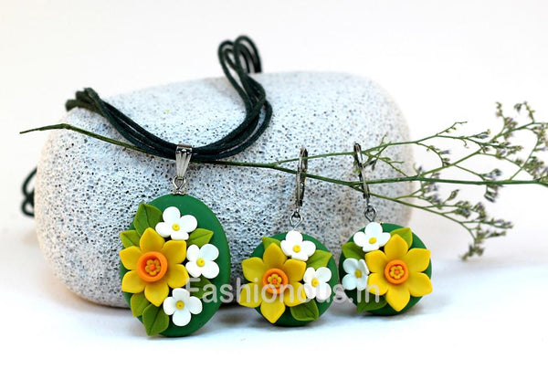 Green Sunflower Necklace and Earrings-ZAPCNS-009