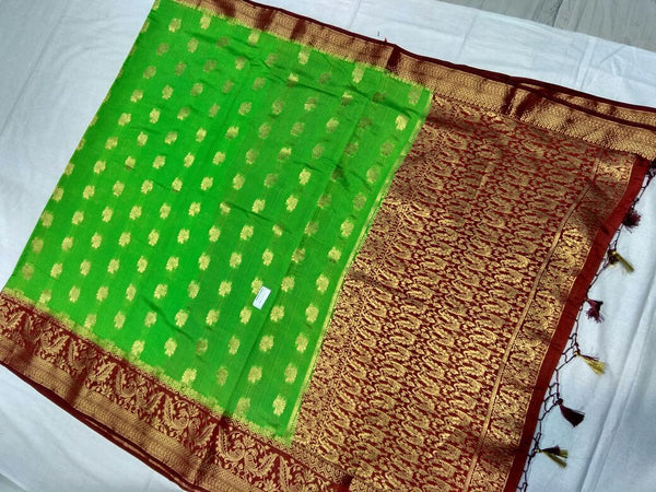 Light Green with Zari Floral Designed Maroon Pallu Paithani Saree-PAITHANI-108
