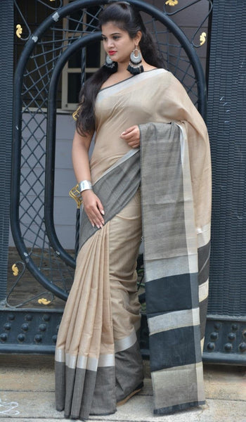 Fawn Flush Linen Saree LNL006 Light brown coloured lightweight saree.