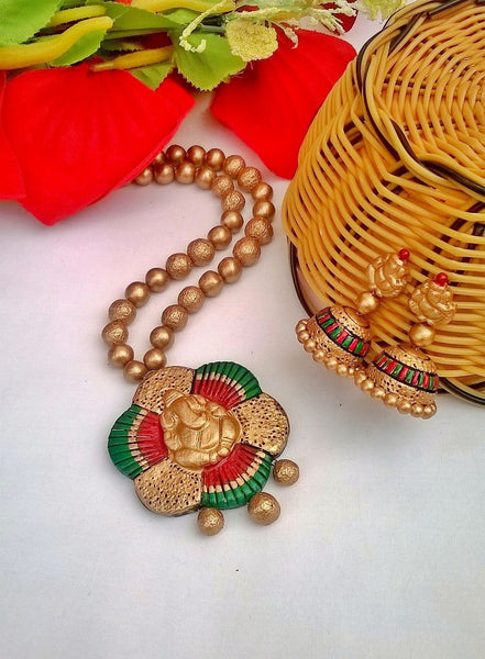 Tricolour Vinayagar Terracotta Jewellery Set