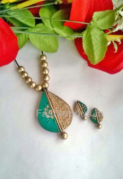 Turquoise Blue  Droplet Shaped Terracotta Pendant Set-TJS-047