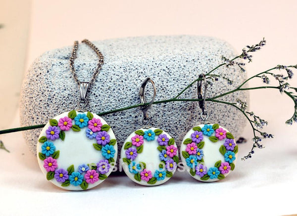 White Floral Necklace and Earrings-ZAPCNS-013