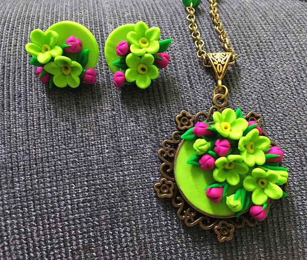Leaf Green With Mustard Polymer Clay Pendant And Earrings