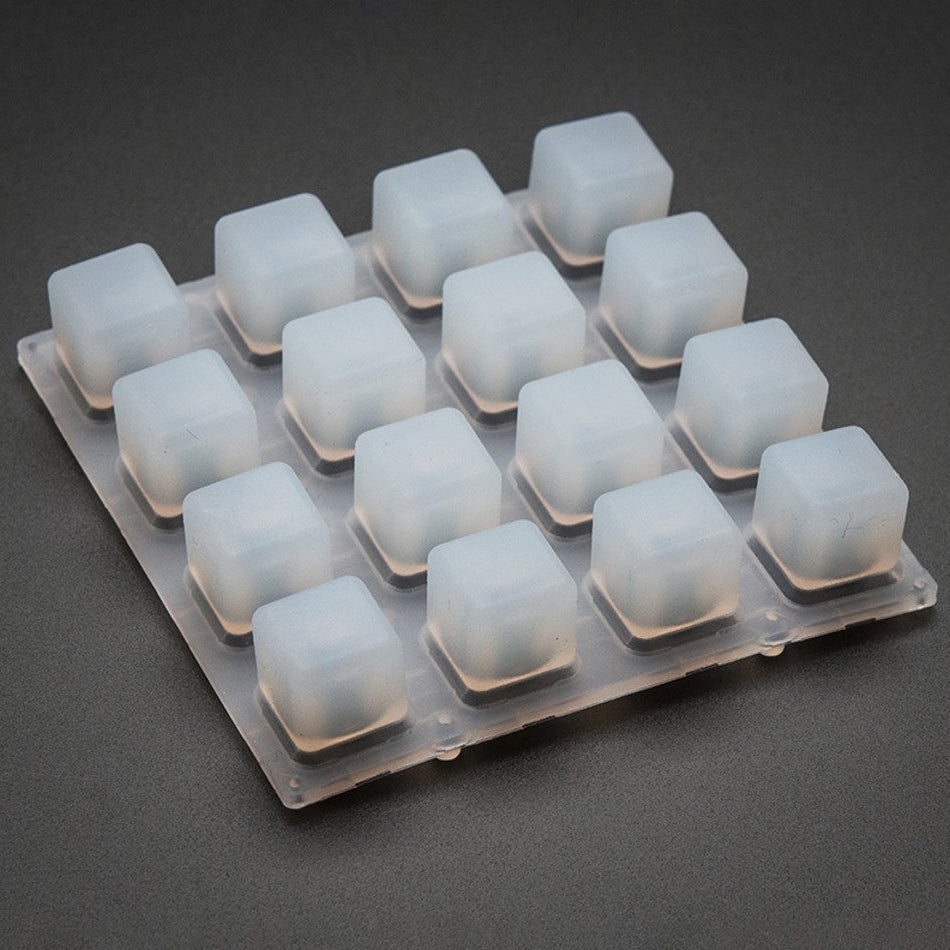 A product image of Adafruit Silikon Elastomer 4x4 Tastenfeld - für 3mm LEDs