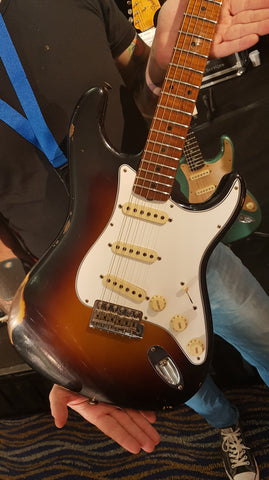 Fender Limited Roasted Tomatillo Relic Stratocaster - Maple Relic - Wide 2-Tone Sunburst Front