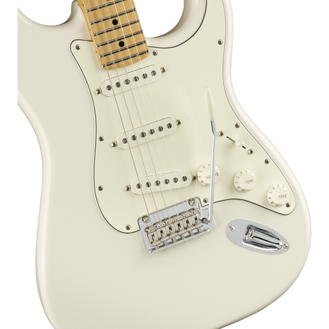 Image of Fender Player Stratocaster, Maple Fingerboard, Polar White