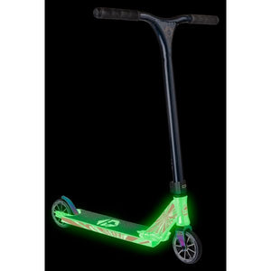 Crisp Glow In The Dark Ultima 4.5 Complete Scooter - White / Dark Blue Metallic