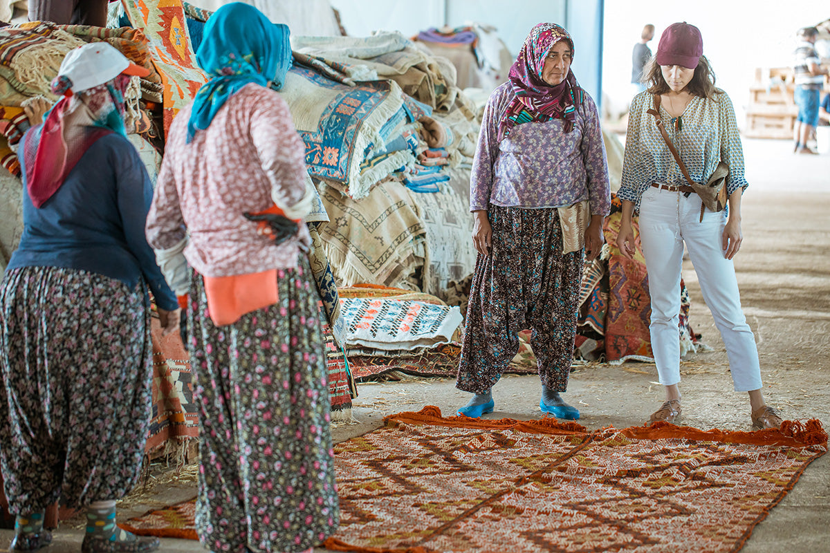 Beyza Özler Wild Heart Free Soul Vintage Kilims at work in Antalya