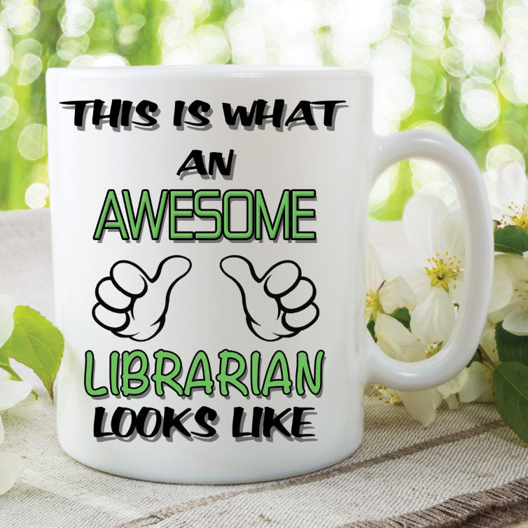 Novelty Mug This Is What An Awesome Librarian Looks Like Funny Birthday Gift Family Ceramic Cup Work Office Humour Printed Cups WSDMUG816