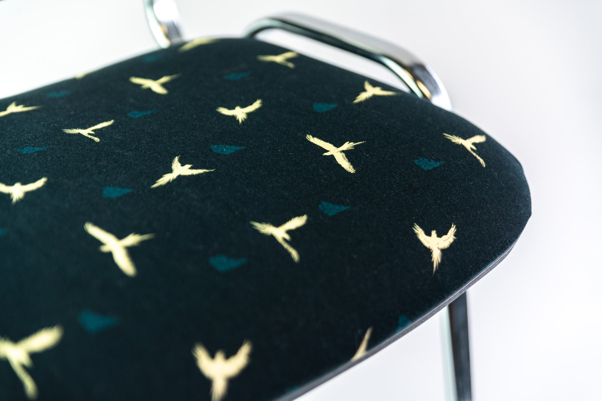 CHAIR - MACAW dark blue