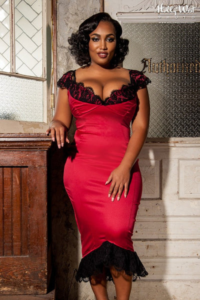 Isabelle Dress in Red - Plus Size