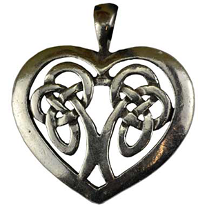 Celtic Heart Amulet Necklace - Wiccan Place