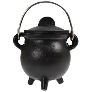 Plain cast iron cauldron w/ lid 3