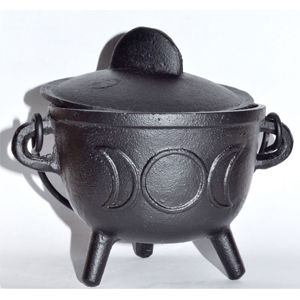 Cast iron cauldron w/ lid Triple Moon 5