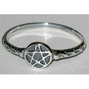 Pentagram sterling silver ring - Wiccan Place