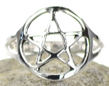 Silver plated brass Pentagram ring size 7 - Wiccan Place