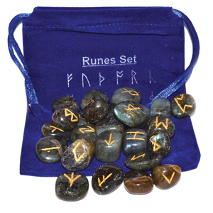 Labradorite rune set - Wiccan Place