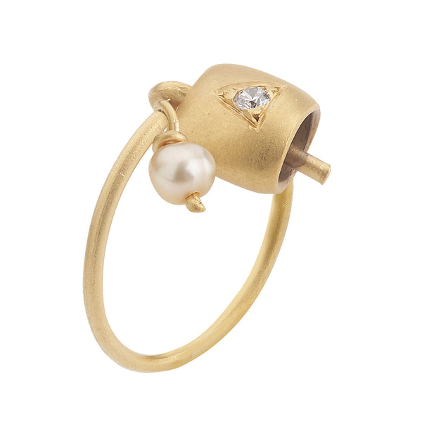 Peace Belle Pearl Ring