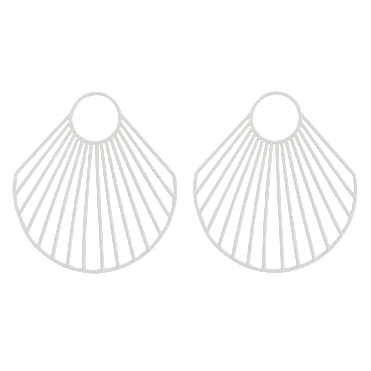 White Ark Clam Earrings BR-SLV-L