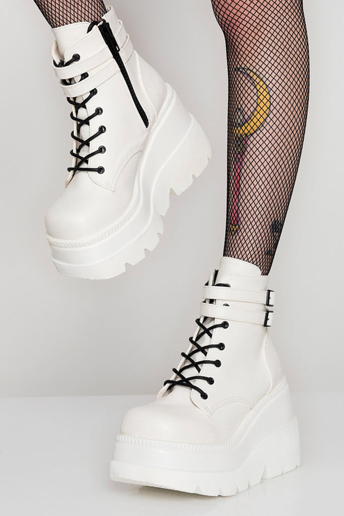 Pure White Shaker Boots