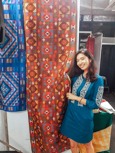 Shanice Espiritu with beautiful Yakan tapestry