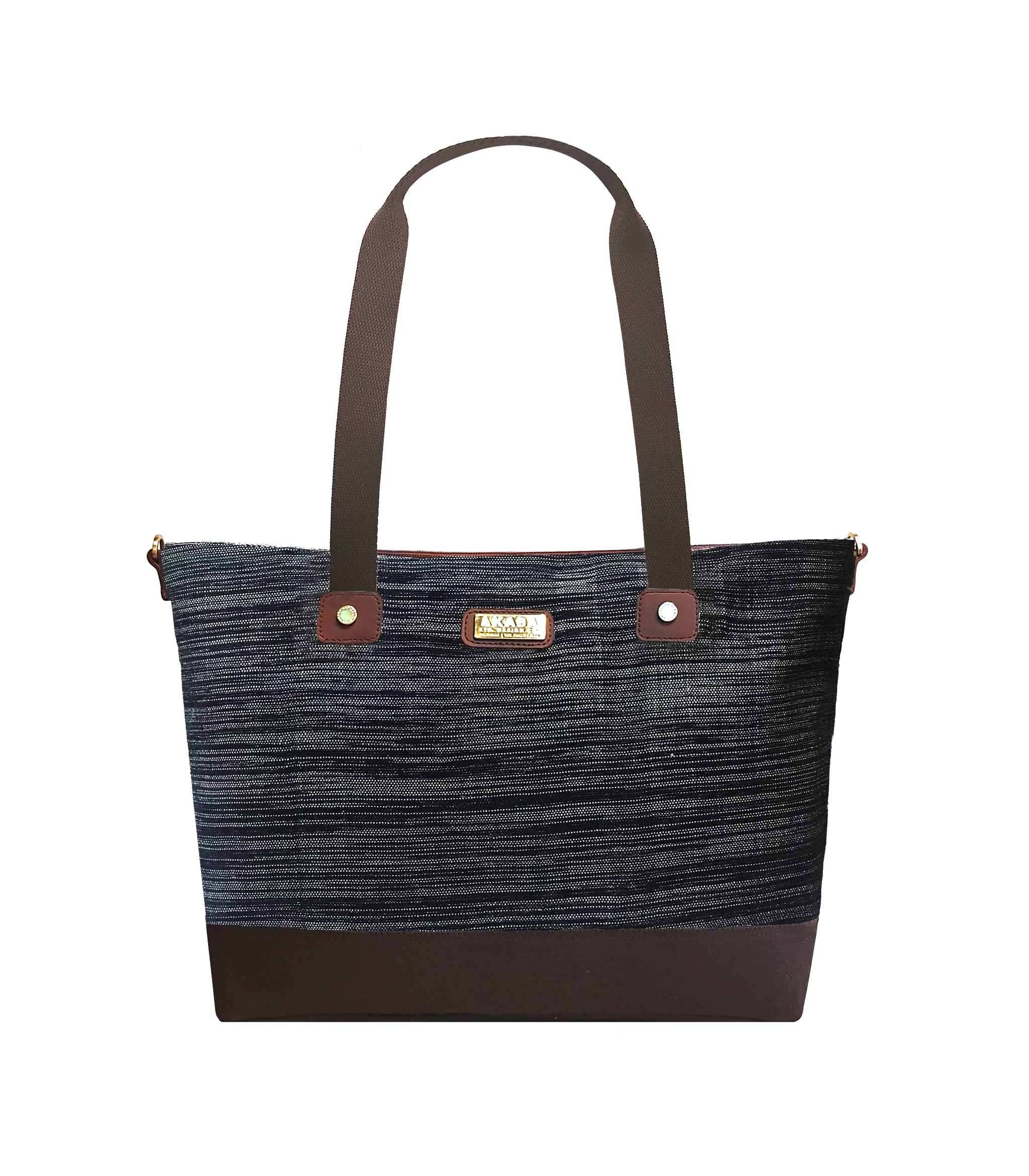 Mayon Tote Bag in Black - AKABA
