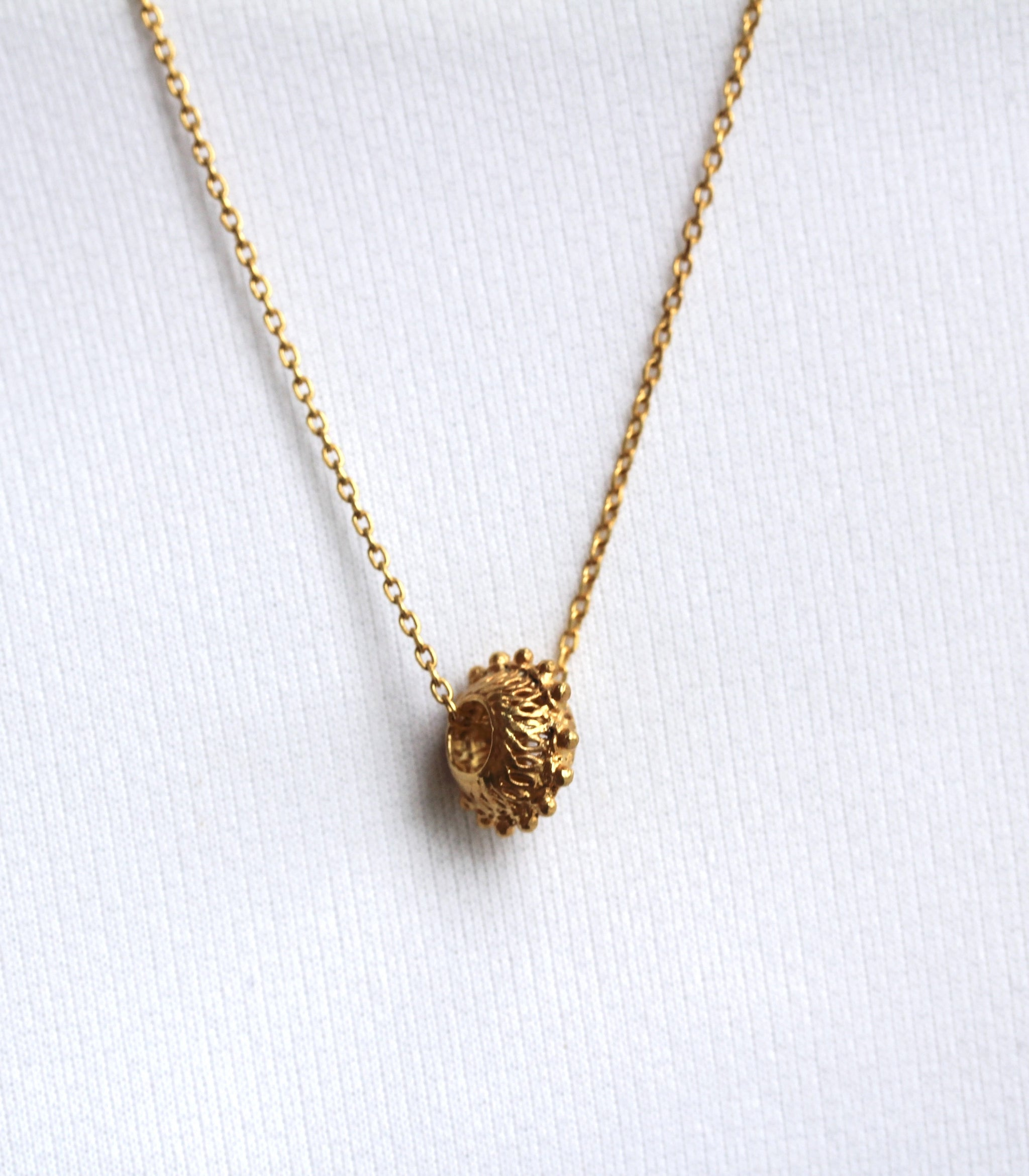 Butete Chain Pendant Necklace - AMAMI