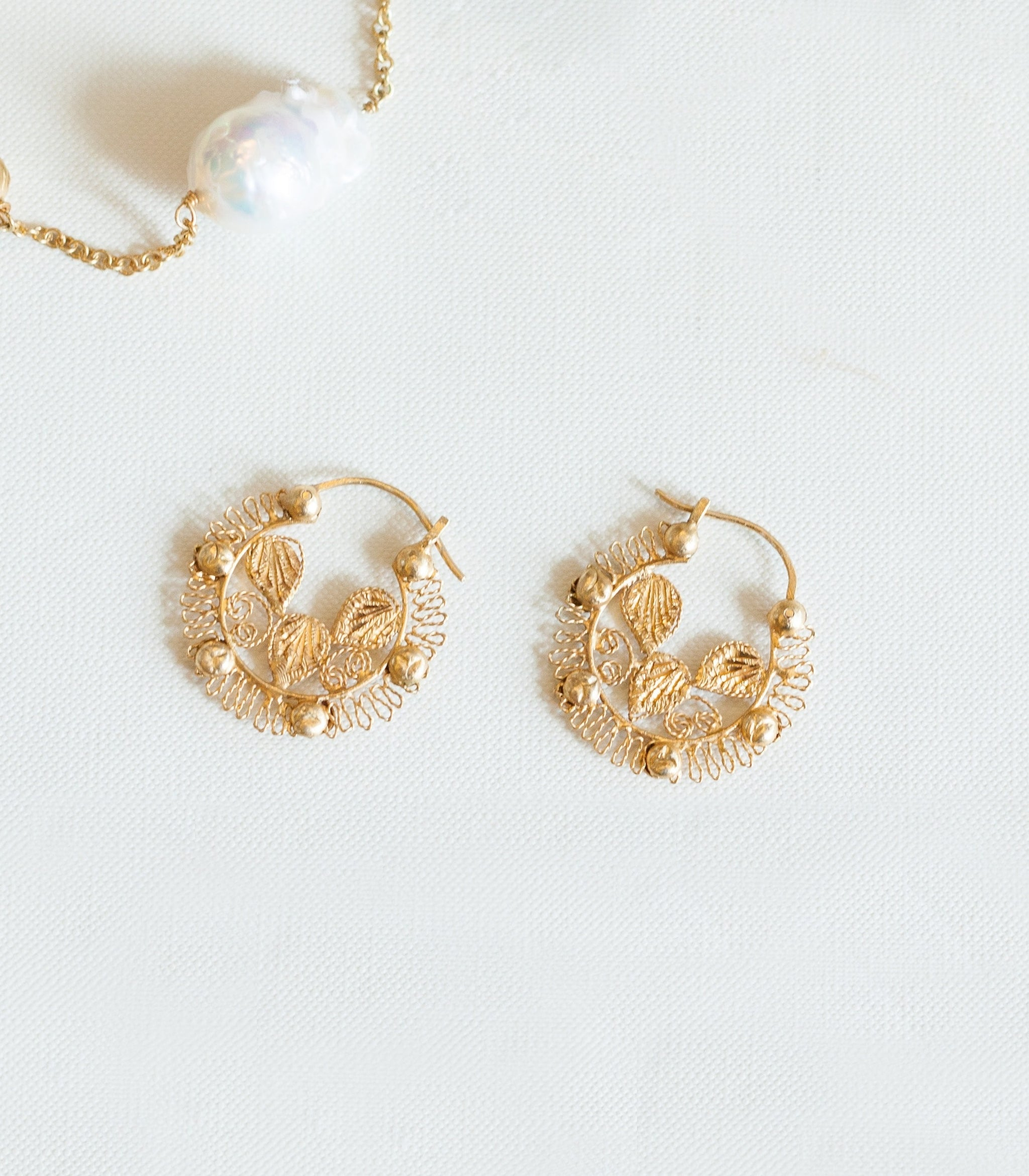 Leona Creolla Earrings - AMAMI