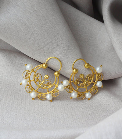 Petrina Pearl Creolla Earrings - AMAMI