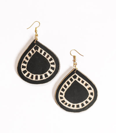 Abaniko Tboli Wood Earrings -En Route Handcrafted