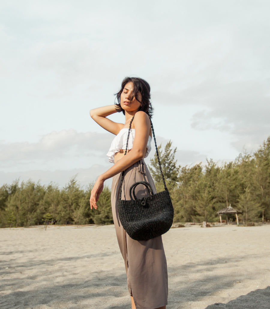 Isabel Sling Bag in Black Colour - Habin