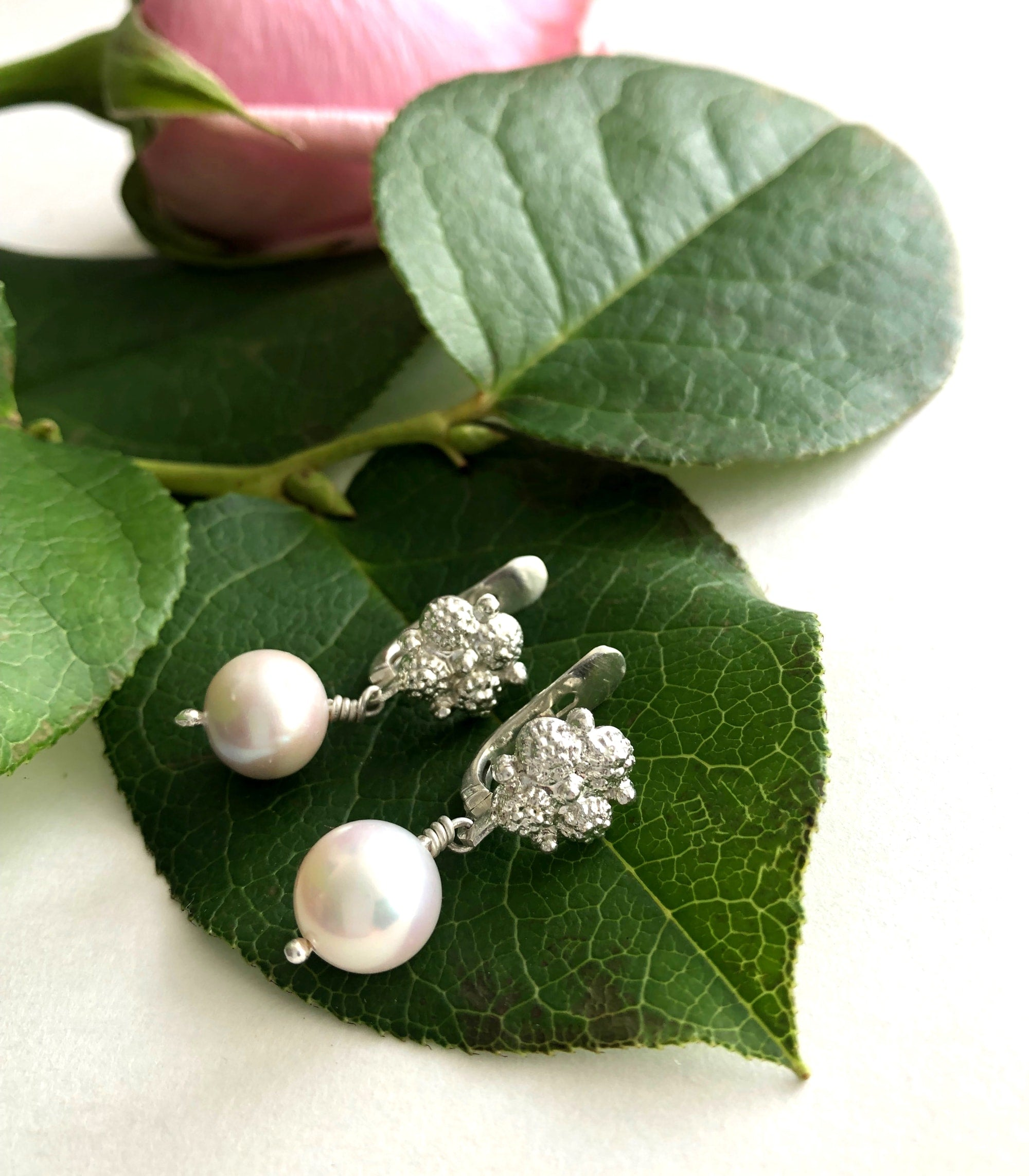 Estela Pearl Drop Earrings Silver Close Up - AMAMI