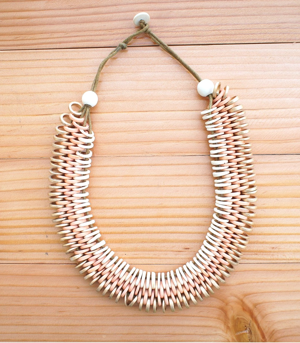 Dreamweaver Coconut Necklace - Island Girl