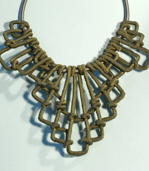 Katharine Lattice Necklace - Olive - Piesa