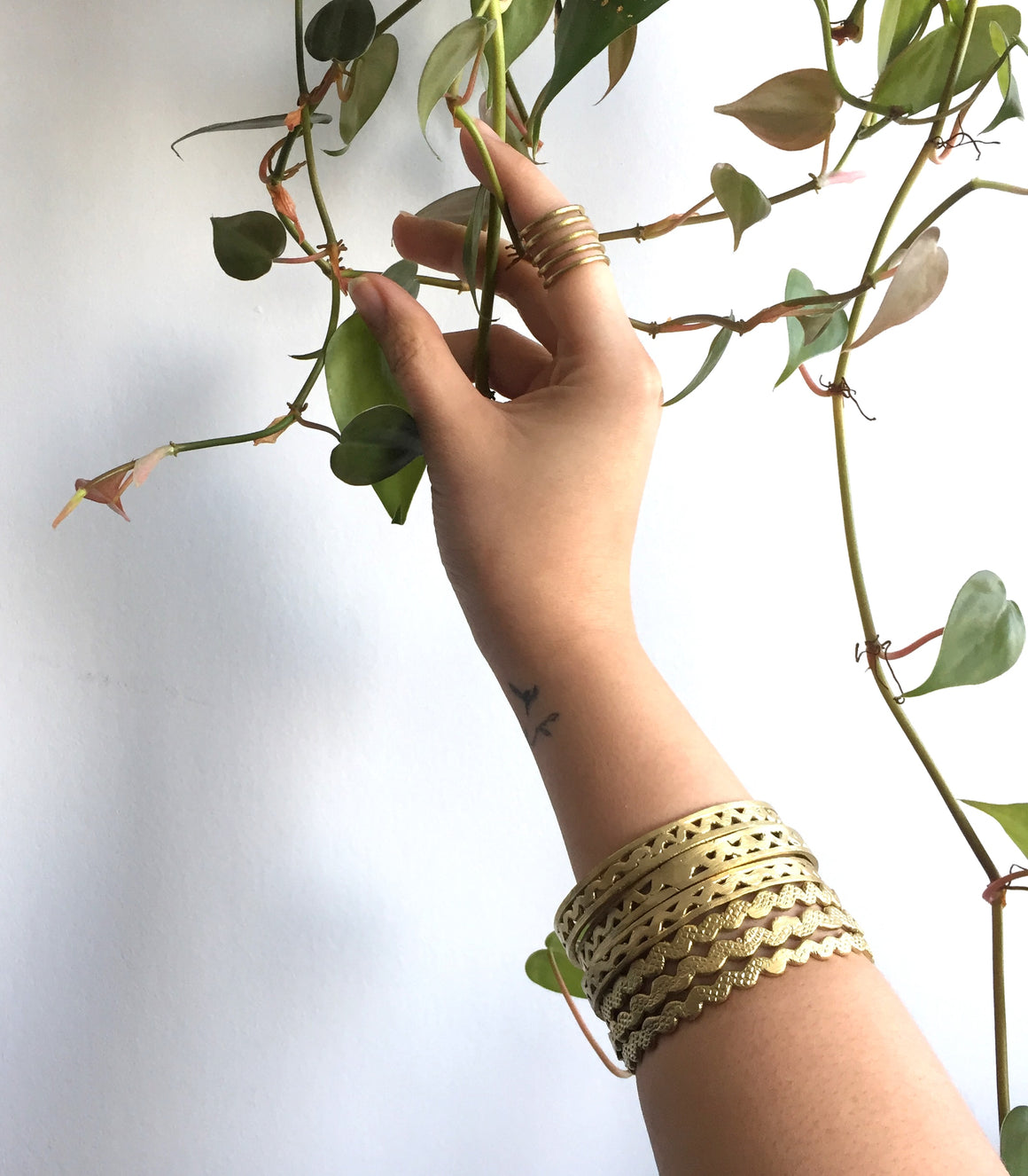 Wavy Bangle - NAWA Tboli Brass Jewelry