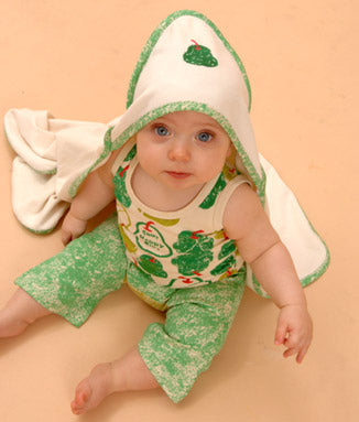 Sckoon organic cotton baby tank, pants & hooded towel Green Pear Print