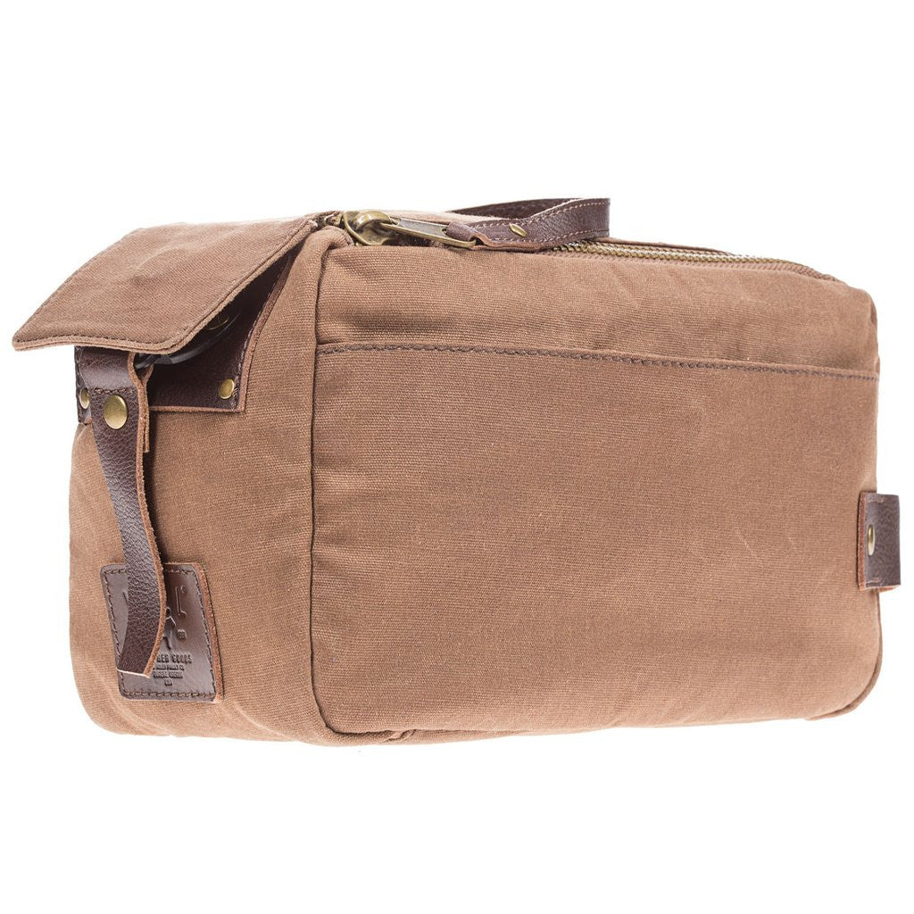 Tan Yocum Ridge Travel Bag by Will Leather Goods