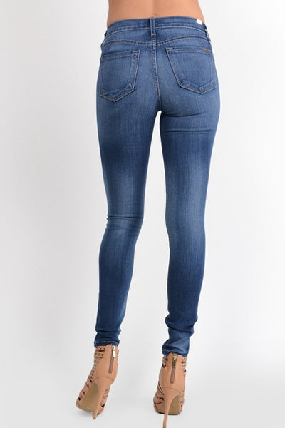 KanCan Skinny Straight Stretch Jean