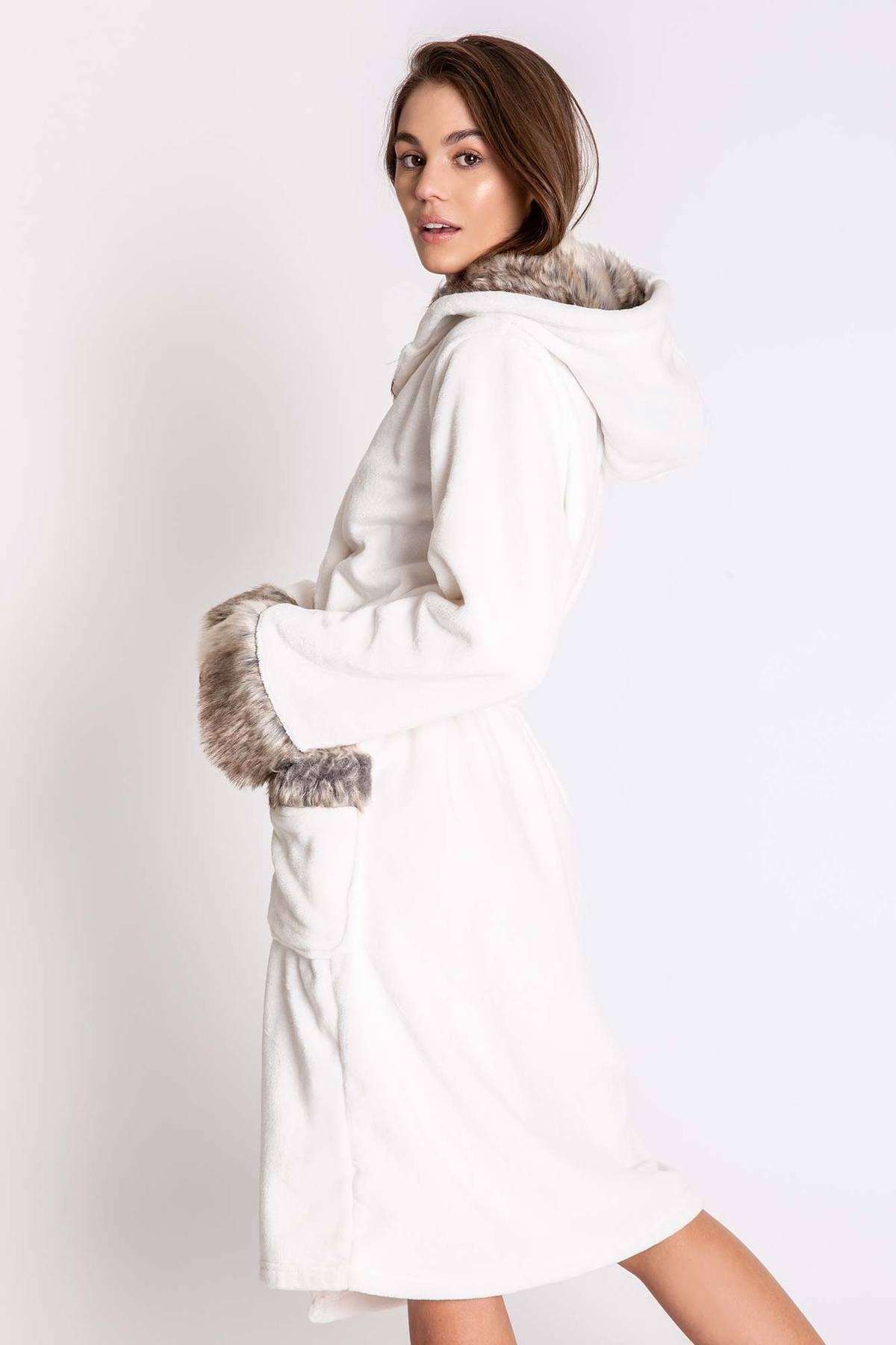 PJ Salvage Luxe Aspen Fur Collar Women's Robe
