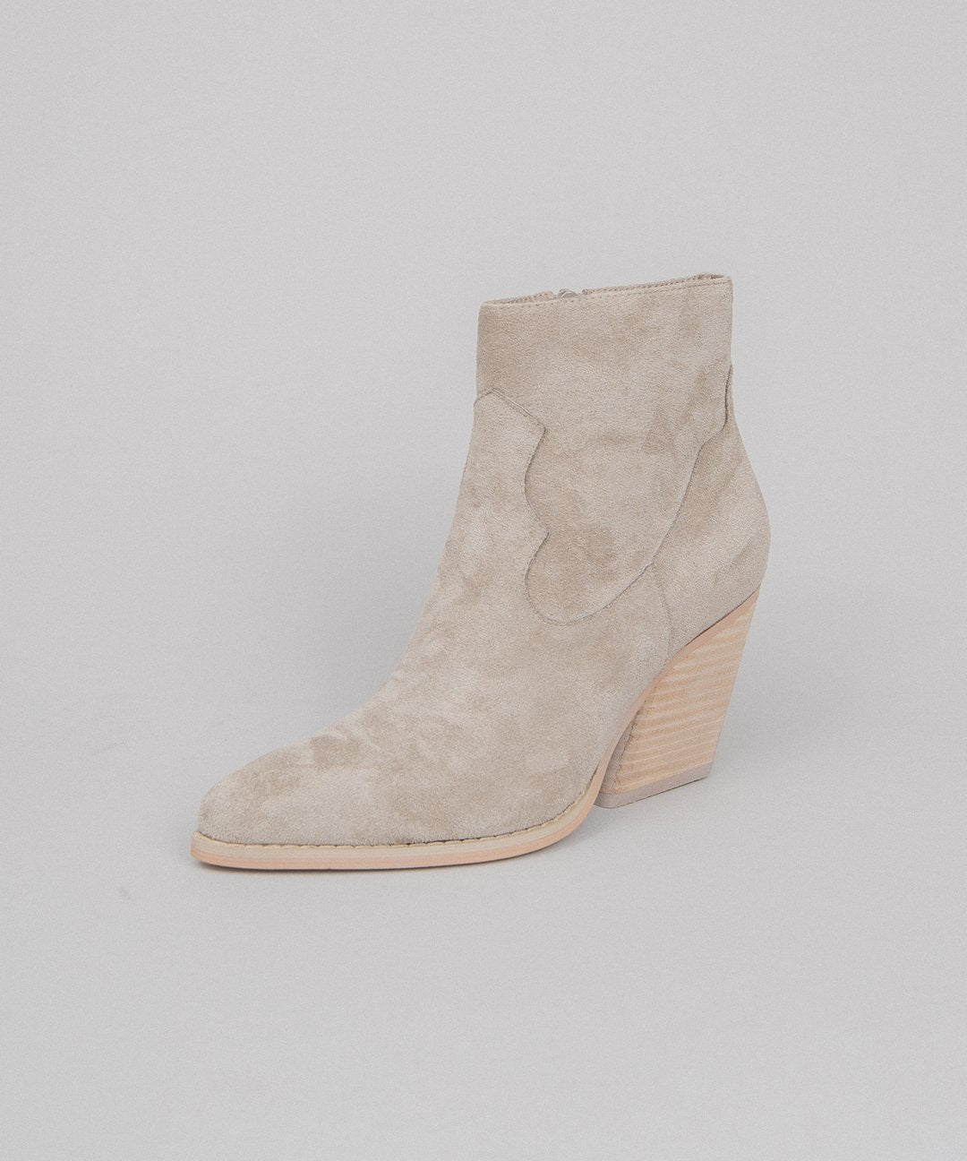 Simple Western Bootie Vinya Leather Bootie