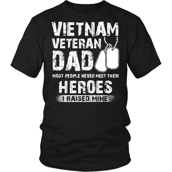 Proud Vietnam Veteran Dad T-shirt