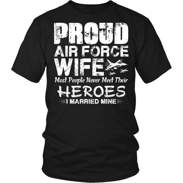 Proud Air Force Wife T-shirt