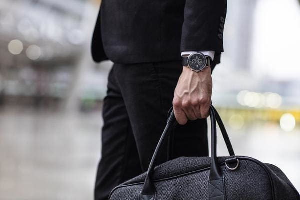 5 Tips On Choosing Watches That Match To Your Outfit