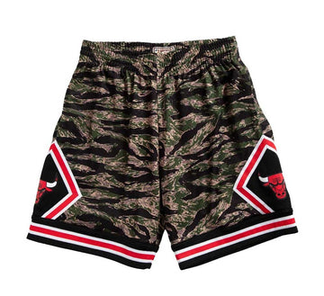 CHICAGO BULLS TIGER CAMO SWINGMAN SHORT