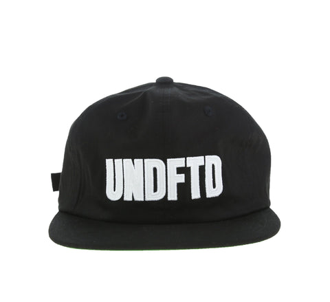 UNDFTD APPLIQUE STRAPBACK CAP, BLACK