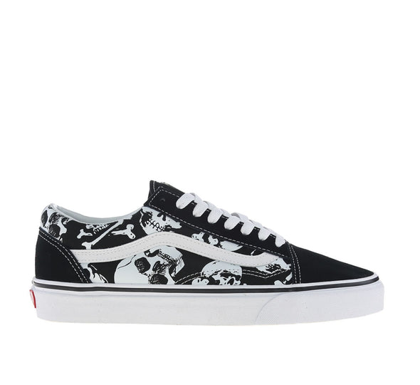 OLD SKOOL (SKULLS)