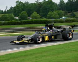 Andrew Beaumont with 1974 Lotus 76 in Group 6 Master F1 at the 2015 HMSA Barber Historics