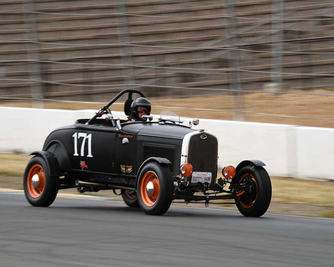 Mike McNally with 1931 Riley 4 Port Ford in Group 1 - Pre-1941 Sport and Touring, 1925-1941 Racing Cars at the 2015 Sonoma Historic Motorsports Festival at Sonoma Raceway